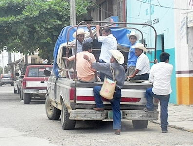 """El 80 por ciento del transporte público en comunidades es """"irregular"""": Socorro Herrera"""