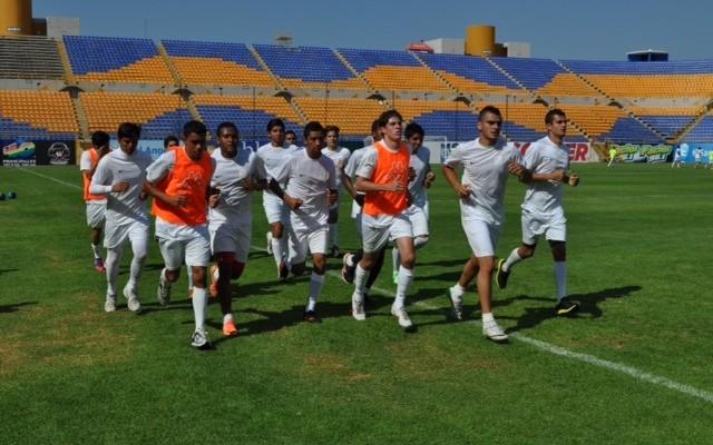 El buen ambiente se respira en los entrenamientos del Atlético San Luis.