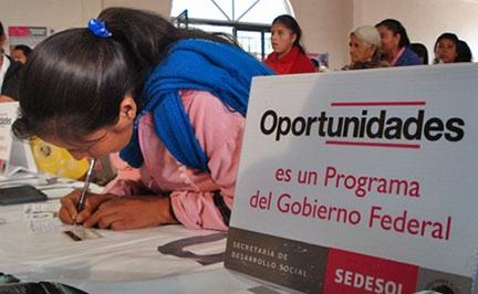 Propone legisladora mayores candados para la entrega de programas sociales