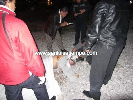 Auto fantasma atropella y da muerte a joven en la Rúa a Matehuala