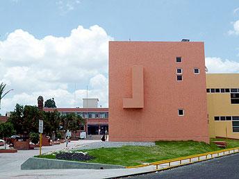 Hospital Central sin recursos federales para oncología, por pérdida de acreditaciones