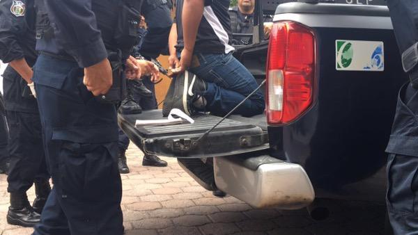 Asalto a Banamex de Gálvez, genera movilización policiaca. Hay un detenido.
