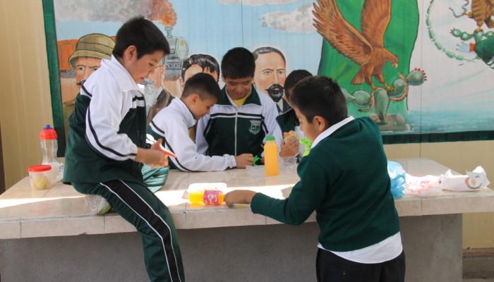 Iniciarán campaña para combatir obesidad en escuelas de Soledad