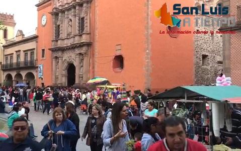 Potosinos abarrotaron iglesias en la tradicional Visita a los Siete Altares  [VIDEO]