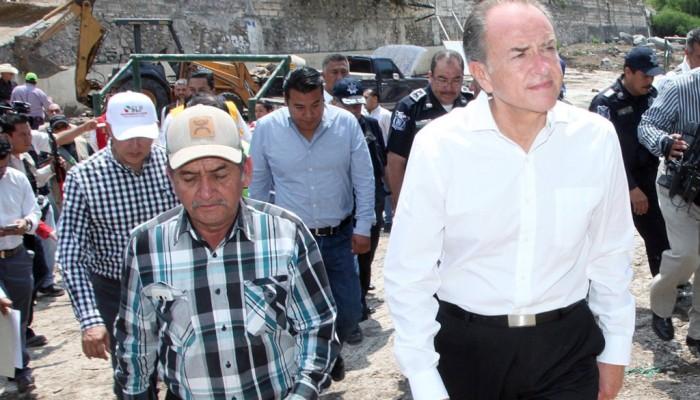 Recorrió JM Carreras la zona de desastre en Armadillo de Los Infante