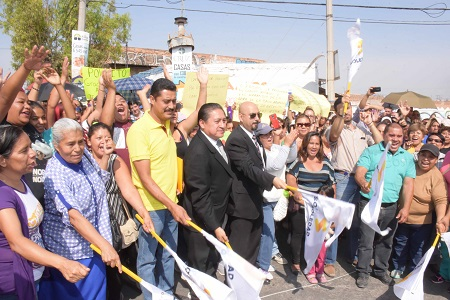 Arrancó el alcalde de Soledad, pavimentación de la Calle Acapulco