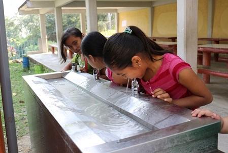 Mantienen medidas de protección a estudiantes por altas temperaturas