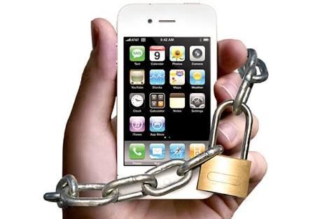 """Adicción al celular ya es un problema de salud; la """"nomofobia"""""""