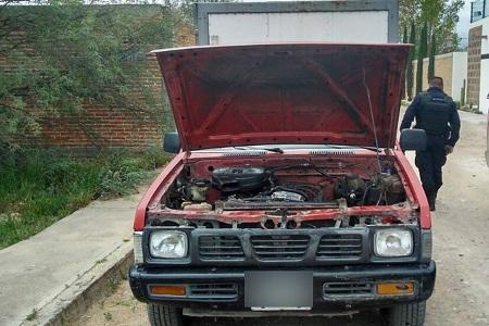 Dos vehículos con reporte de robo, fueron localizados por Policías Municipales.