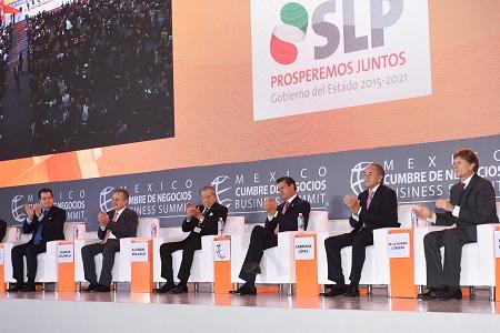Destaca Presidente Enrique Peña Nieto, crecimiento de SLP y México