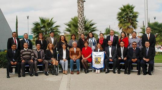 Abanderan a la delegación potosina que va al Concurso Nacional de Educación Física