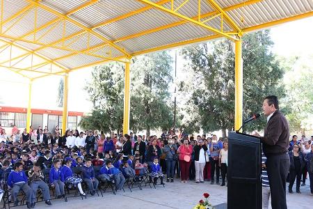 Ayuntamiento capitalino inauguró techado en la escuela primaria Niños Héroes