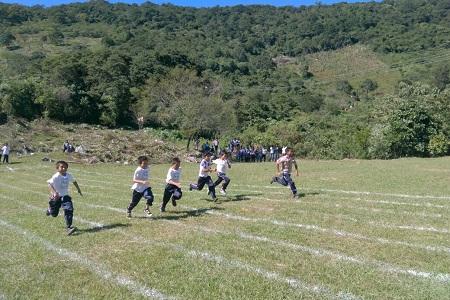 Inpode apoyó carrera atlética infantil, en la comunidad de Las Guapas en Rayón