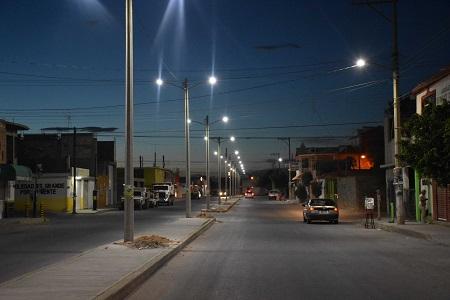 Servicios Municipales de Soledad, ha colocado 4 mil 500 lámparas led