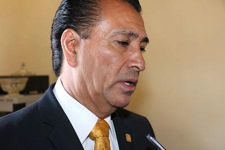 Cabildo concede licencia al alcalde Ricardo Gallardo, para que busque la reelección