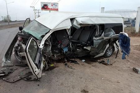 Ocho lesionados, en nuevo accidente de transporte de personal