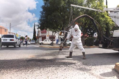 Obras Públicas da mantenimiento a Comonfort, Mariano Jiménez y Roque Estrada