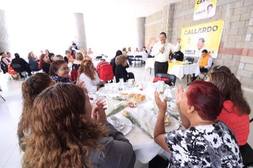 Madres de familia refrendan su apoyo a Ricardo Gallardo Juárez