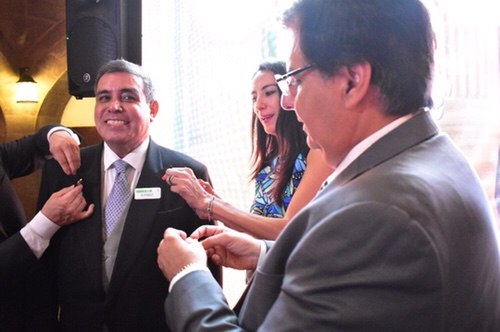 """Alfonso Rodríguez, primer Concierge potosino en recibir la distinción """"Les Clefs D'Or"""""""