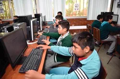 Gobernador supervisó obras de infraestructura educativa en la Zona Metropolitana