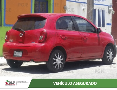 PGJE detiene a individuo en flagrancia conduciendo un vehículo con reporte de robo.