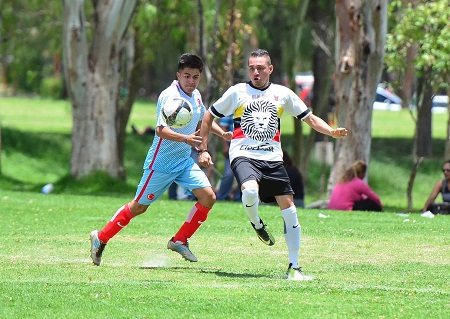 Club 21 abre con goleadas la temporada de la categoría Estelar Genetic de la Liga Central.