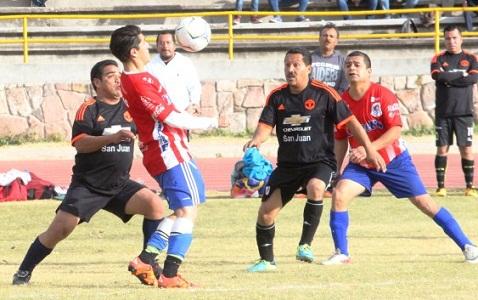 Jornada de goleadas en la categoría Veteranos Grupos 2 de la Liga Central.