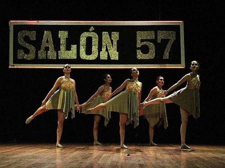 """Con gran éxito, la EPM de la UASLP presentó en San Luis Potosí, el musical """"salón 57""""."""