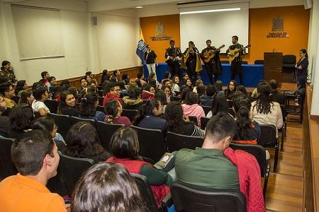 Facultad de Estomatología de la UASLP realiza cursos de inducción a alumnos de nuevo ingreso.