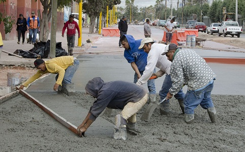 Trabajo arduo para concluir 20 obras municipales en proceso.