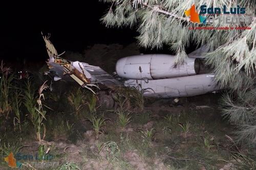 Avión aterriza de emergencia en Peñasco, una persona lesionada [Fotos y Video]