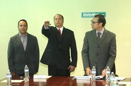 Alcalde capitalino tomó protesta a Fermín Purata, como nuevo titular del Interapas