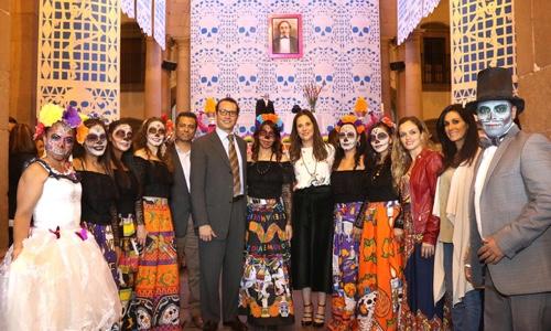 Inauguró gobierno capitalino, altar de muertos en Palacio Municipal