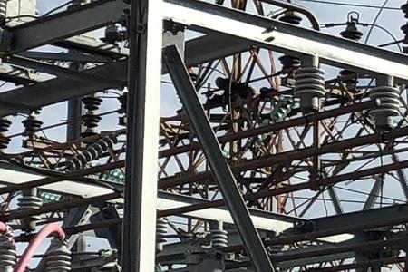 Persona fallece electrocutada, en torres de alta tensión de la CFE  [VIDEO]