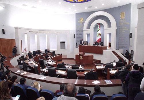 A pesar de protestas, aprobó el Congreso informes de las cuentas públicas 2017