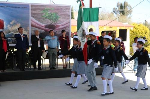Encabezó alcalde de Soledad, ceremonia de incineración y reposición de banderas