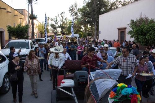 Concurrida Cata-Maridaje y Callejoneada en la Feria Regional del Queso en Villa de Reyes