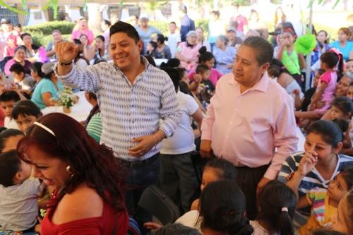Realizan en Soledad, gira de celebración para las Madres de ese municipio