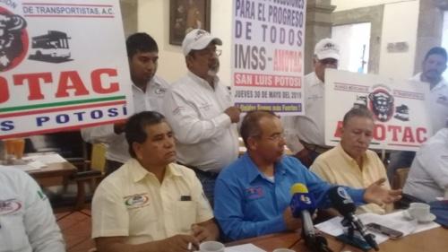 AMOTAC suspende manifestación por cobros del IMSS