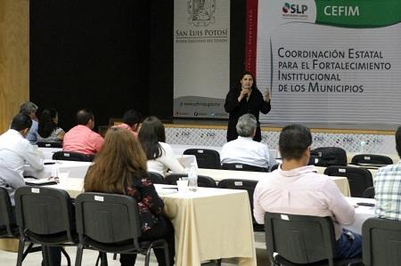 Municipios de la Zona Centro se capacitan en temas gubernamentales: CEFIM