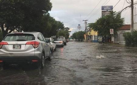 La tormenta del día de ayer ocasionó encharcamientos en colonias del municipio de Soledad