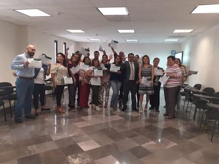 """Trabajadores del Poder Judicial recibieron el curso """"Trabajo en Equipo en la Administración Pública"""""""