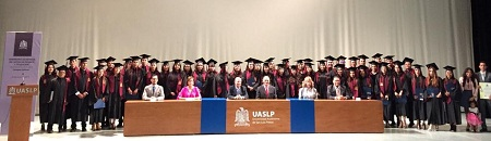 Campus Salinas de la UASLP egresa a 47 nuevos profesionistas