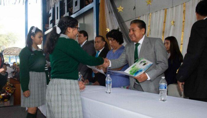 El alcalde Gilberto Hernández Villafuerte, clausuró el ciclo escolar 2018-2019 en SGS