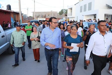 """""""Gobierno de a Pie"""" llega a colonia Terremoto"""