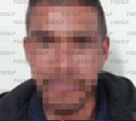 Fiscalía logra prisión preventiva a hombre por robo con violencia en Moctezuma