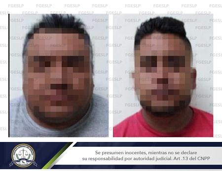 Autoridades detienen a dos sujetos con una pistola y un arma blanca en SLP