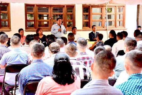 Alcalde de Soledad atestigua entrega de certificados académicos a jóvenes del Centro de Rehabilitación Plenitud
