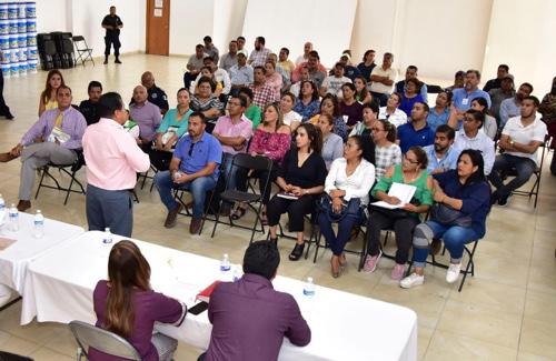 """Dependencias municipales suman esfuerzos para fortalecer el programa """"Manos a la Obra"""""""