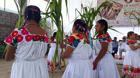 Celebran el Día Internacional de los Pueblos Indígenas en Coxcatlán y Huehuetlán